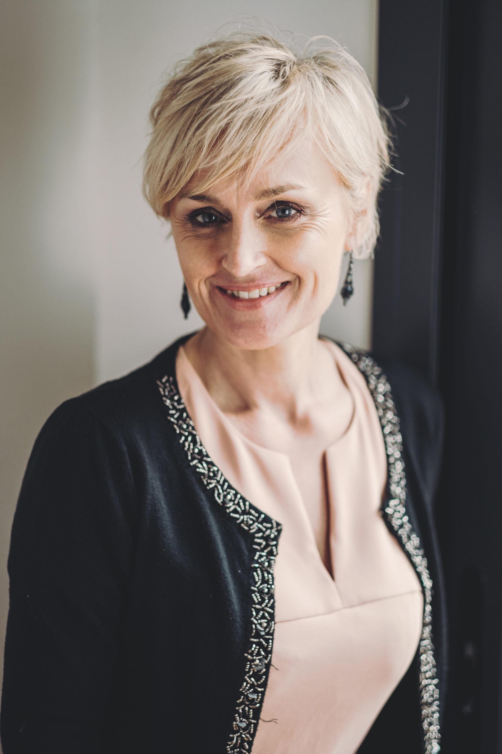 Portrait de cheffe d'entreprise - Christelle Faleyeux - AZAHAR Style